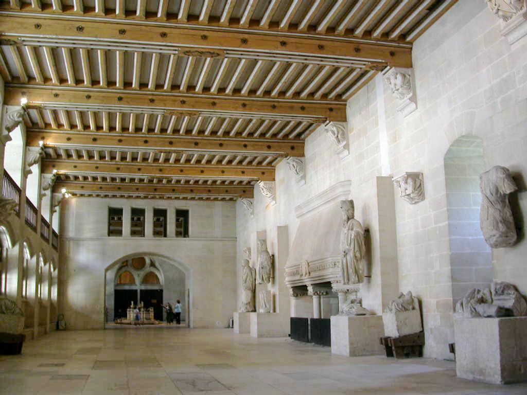 Ch teau de pierrefonds the forgotten places for Interieur belgique